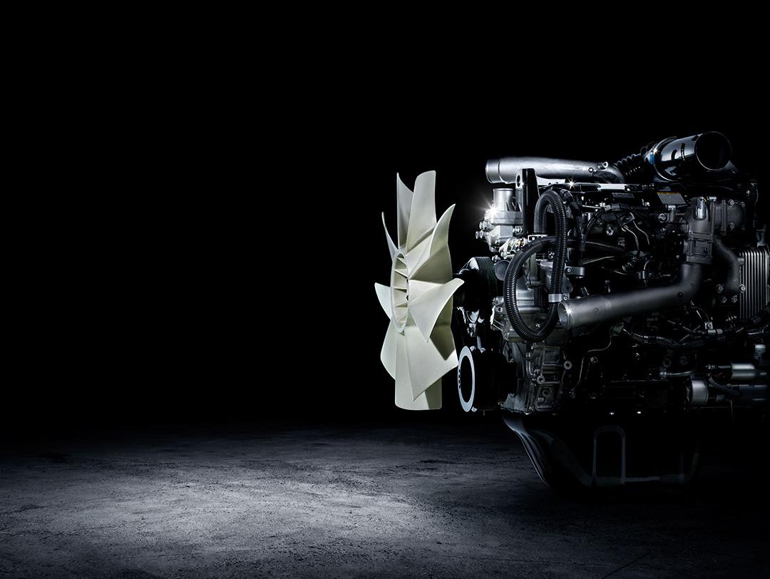 産業用エンジン