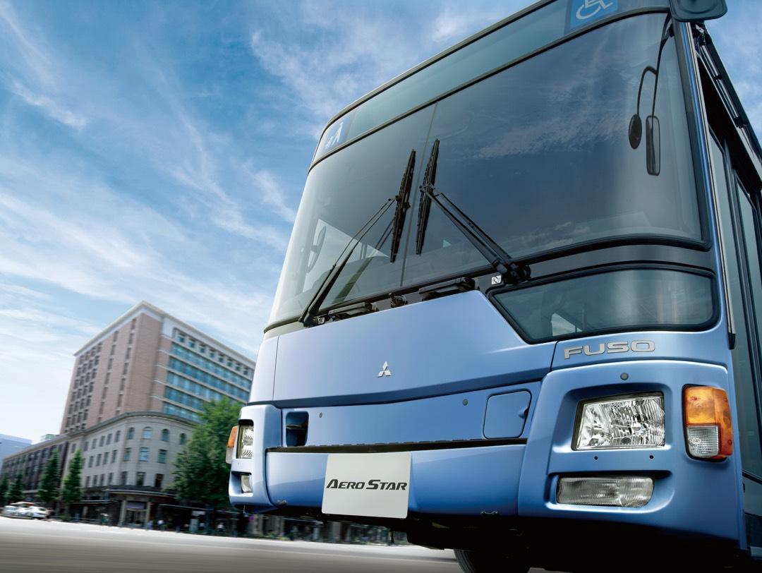 多くの人が<br>乗る路線バスに、<br>さらなる安心を