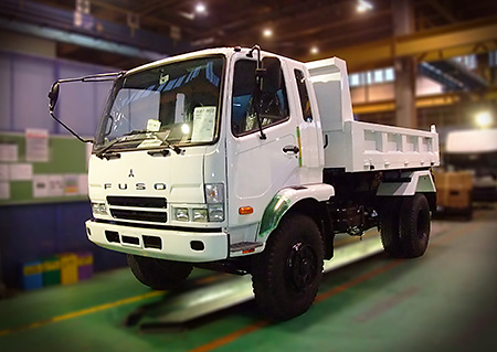 Medium-duty Fighter with tippers